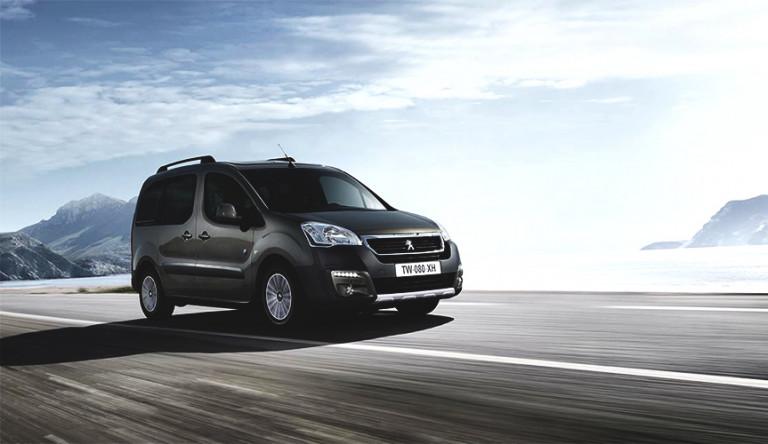 Фургон Peugeot Partner Tepee стал дешевле в октябре