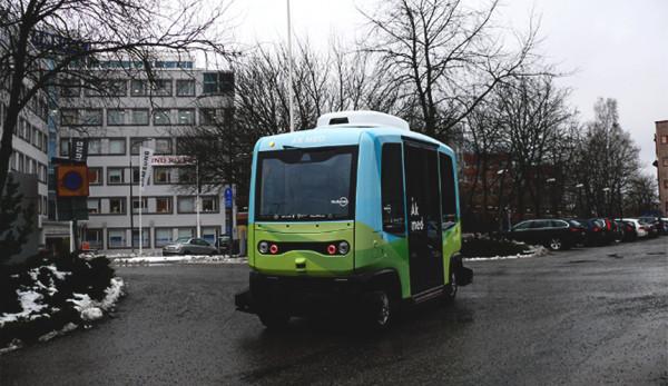 Беспилотные автобусы запустят в эксплуатацию в Швеции