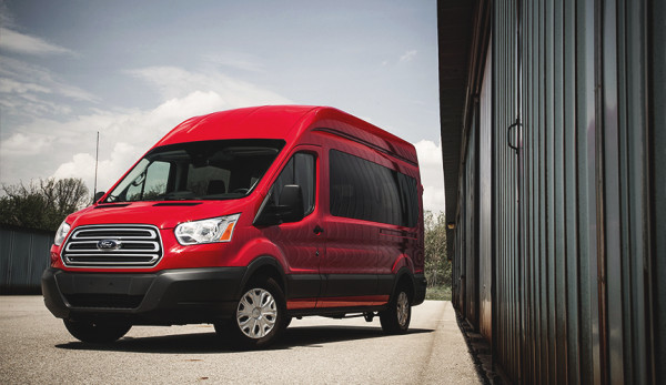 Ford Transit удерживает первое место среди LCV-иномарок