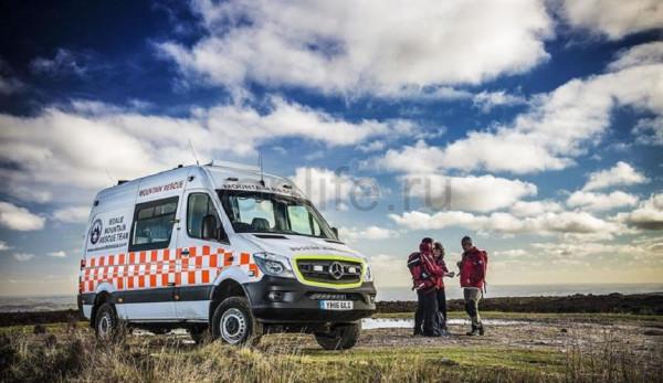 Mercedes-Benz Sprinter 4x4 для британской службы спасения