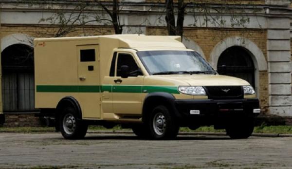 Лаура 19771 на базе УАЗ Cargo