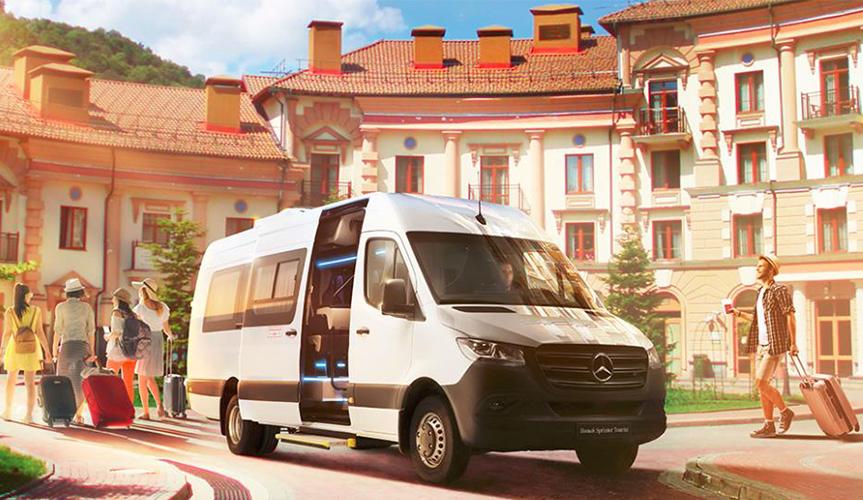 Компания Mercedes-Benz Vans в рамках Международной выставки «Комтранс» в сентябре представит новый автобус Sprinter Tourist для премиальных перевозок.