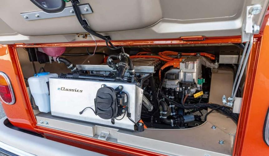 Volkswagen раскрывает детали нового e-BULLI онлайн