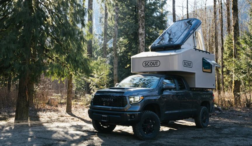 Пикап Toyota Tundra превратили в компактный дом на колёсах