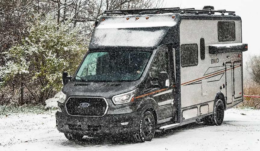 Компания Winnebago представила внедорожный дом на колёсах на базе Ford Transit