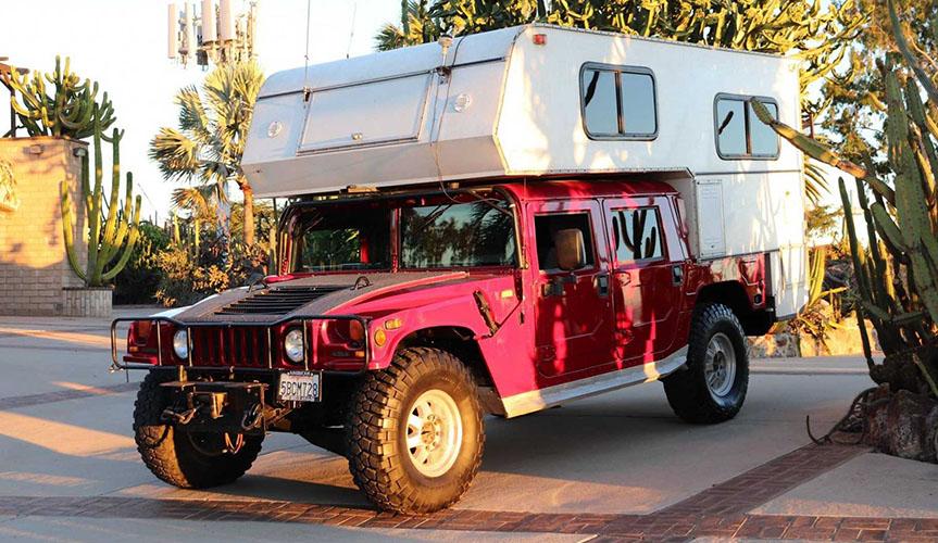 На базе подержанного Hummer H1 сделали дом на колёсах