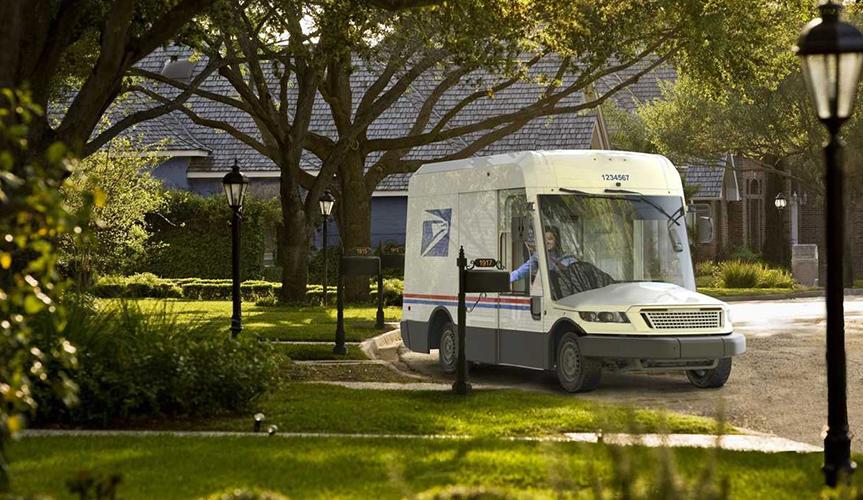 Автопарк почты США пополнится новыми фургонами