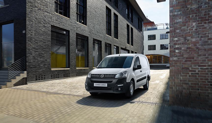 Начался приём заказов на новый фургон Opel Combo Cargo