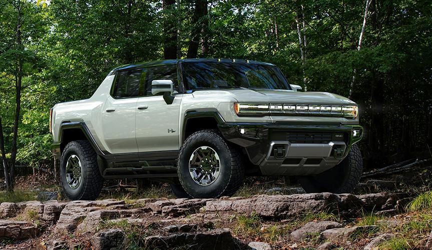 На аукционе был продан электропикап GMC Hummer EV за 2,5 миллиона долларов
