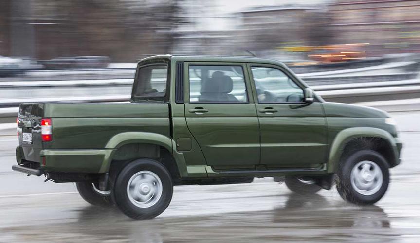 На российском рынке появится битопливный УАЗ «Пикап»