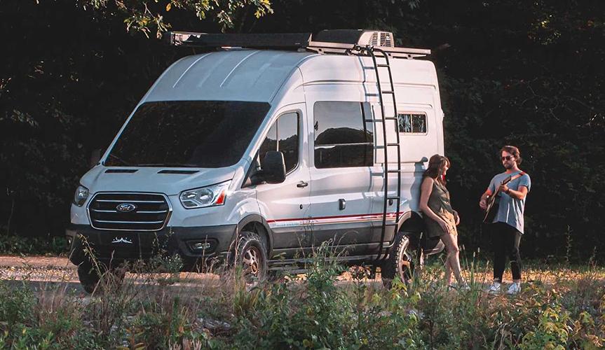 Представлен новый дом на колесах на базе Ford Transit
