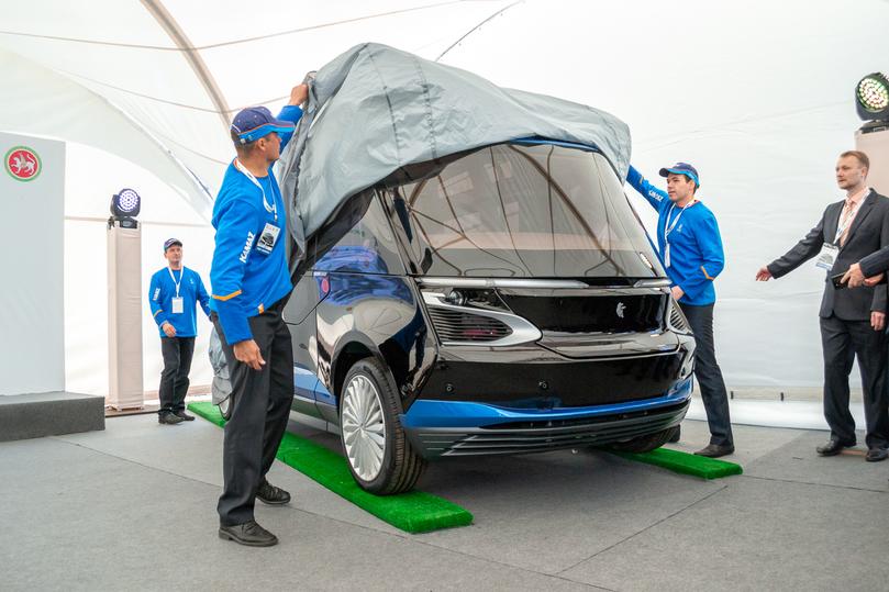 «КАМАЗ» представил первый беспилотный шаттл
