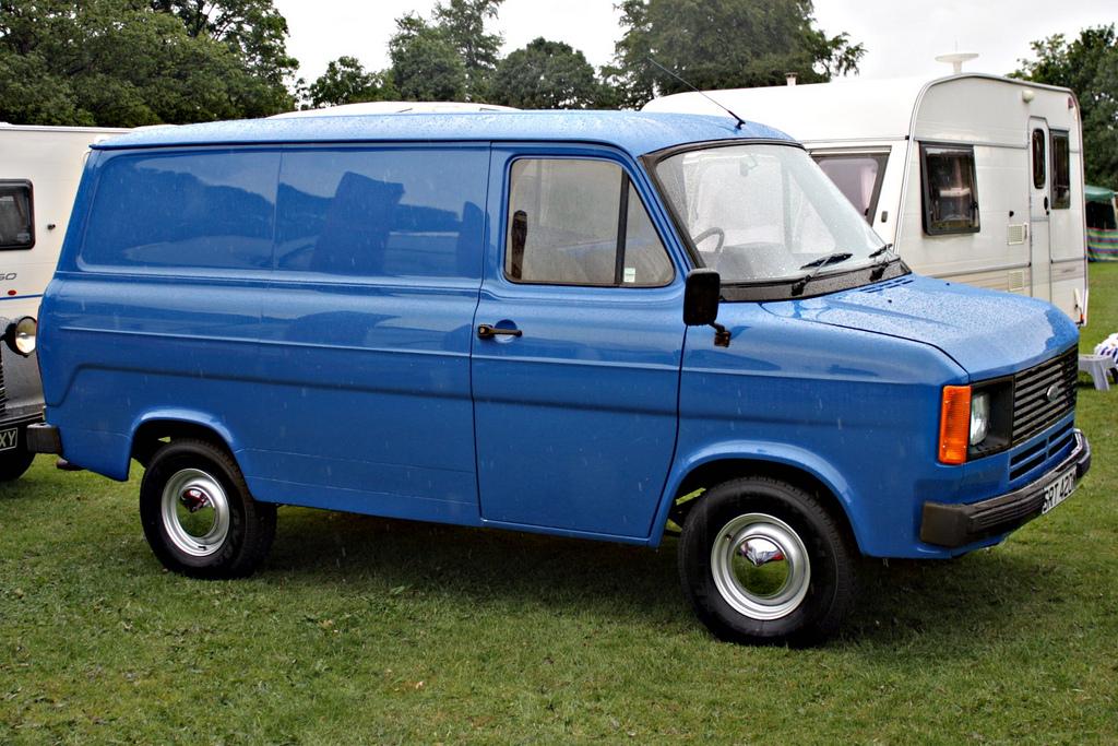 Заряженные фургоны Ford Transit Supervans