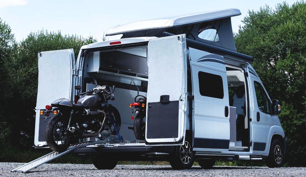 Citroen создал дом на колёсах, в котором можно перевозить мотоциклы