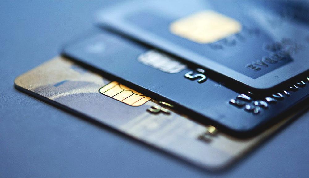 Мелкие штрафы за нарушения ПДД будут списывать с банковских карт