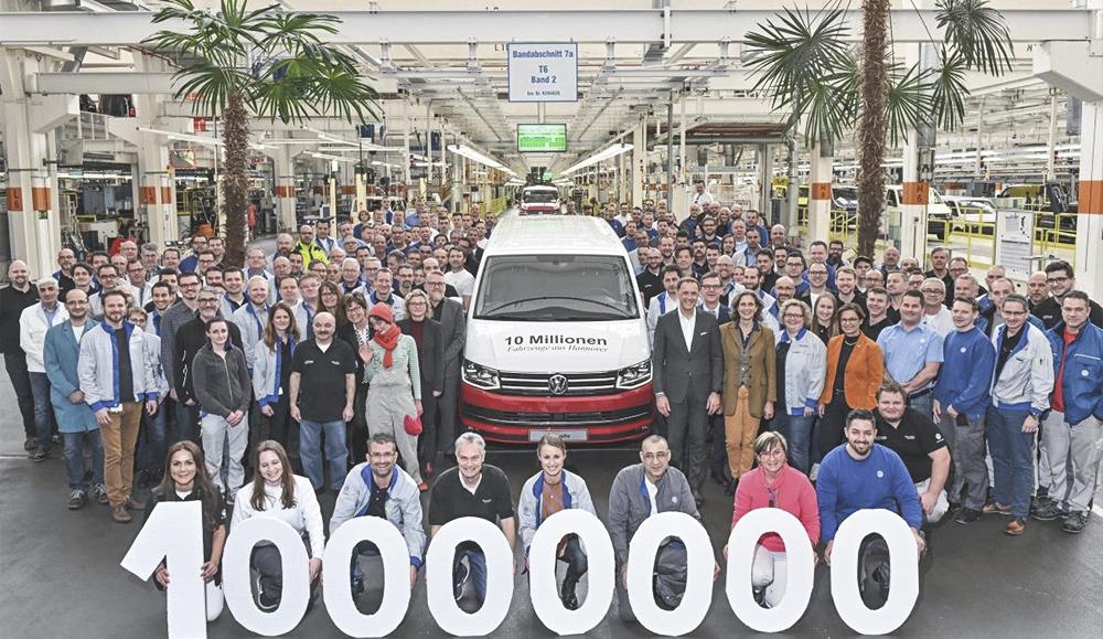 На заводе в Ганновере выпущен 10-миллионный Volkswagen Caravelle