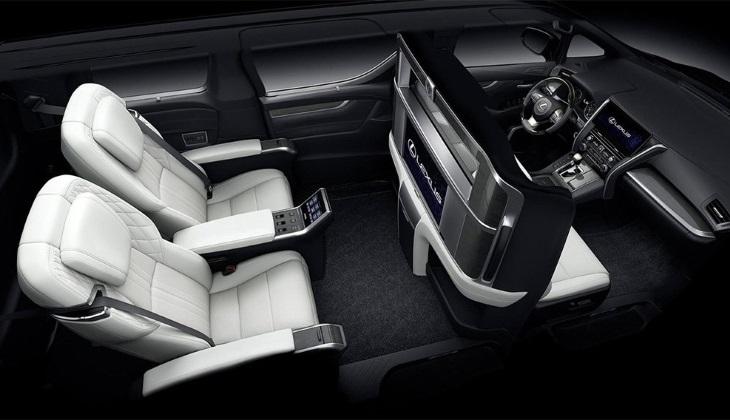 Минивэн Lexus LM официально представлен на Шанхайском мотор-шоу