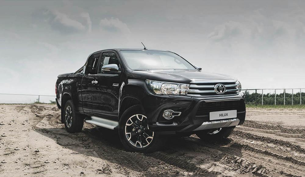 Toyota Hilux лидирует в сегменте пикапов иностранных брендов в России