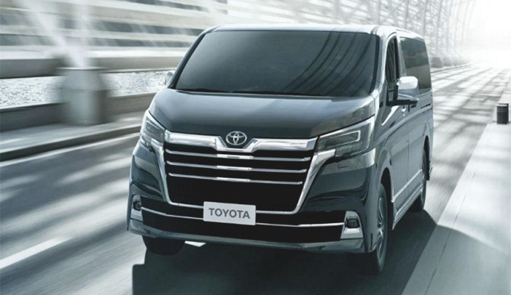 Минивэн Toyota Granvia вновь поступит в продажу