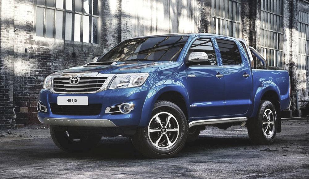 Пикап Toyota Hilux стал лидером продаж в России в мае