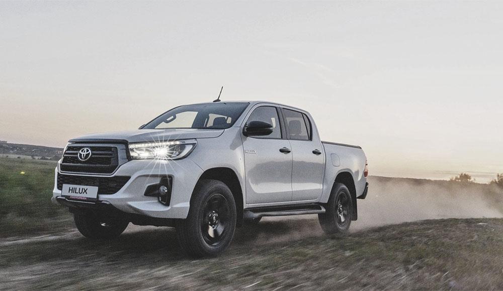 Toyota представила новую версию пикапа Hilux