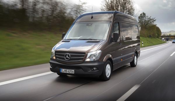 Mercedes-Benz отзывает в России 360 фургонов Sprinter