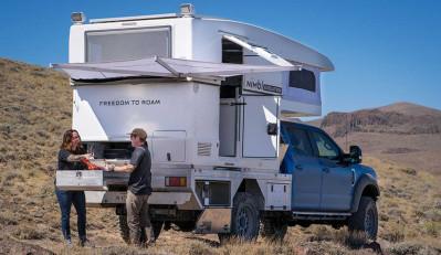 Компания Nimbl представила жилой модуль с выдвигающейся крышей