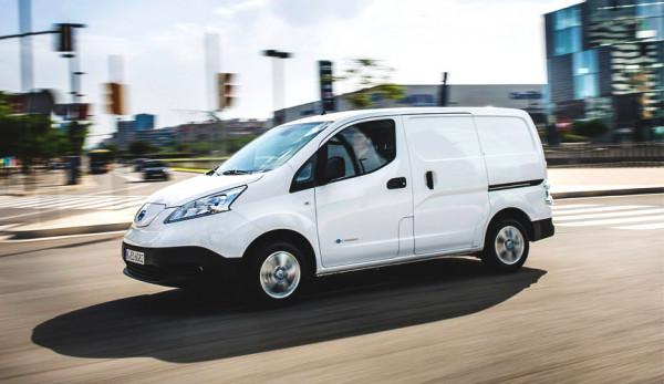 Компания Nissan представила обновлённый e-NV200