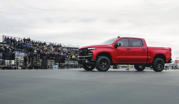 Новый грузовик: рассекречен пикап Chevrolet Silverado 2019 модельного года