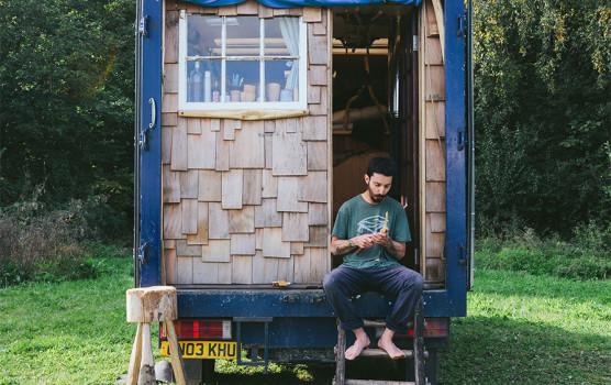 Деревянные дорожные приключения: плотник и его Sprinter