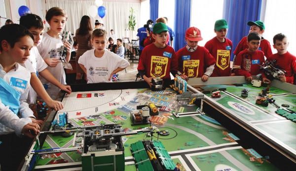 «Группа ГАЗ» и Фонд Олега Дерипаски «Вольное Дело» подвели итоги фестиваля «РобоФест»