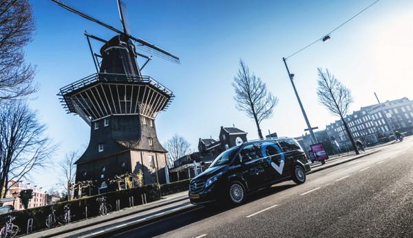 ViaVan запускает райдшеринговое приложение в Амстердаме