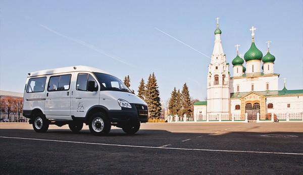 «Группа ГАЗ» вручила автобус «Соболь БИЗНЕС» многодетной семье в рамках благотворительного проекта