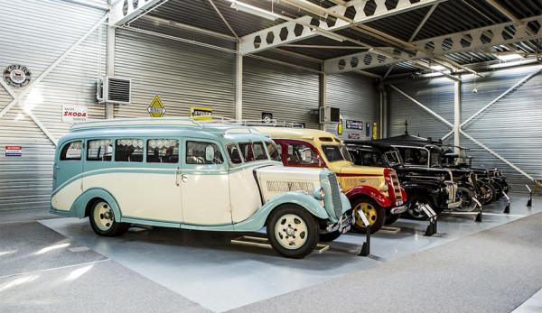 На продажу выставили самую большую в мире коллекцию автомобилей Ford