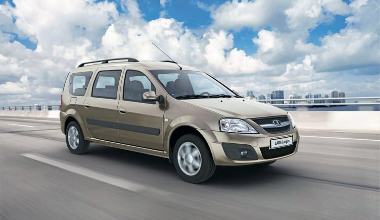 Россияне в октябре купили почти 3,7 тысяч автомобилей лада ларгус