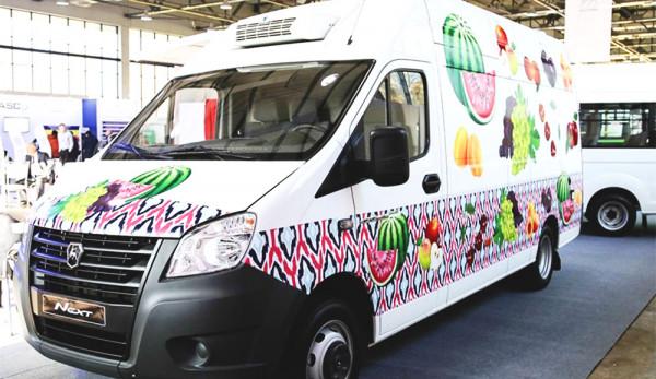 Горьковский автозавод организовал крупнейшую экспозицию коммерческого транспорта на выставке в Узбекистане