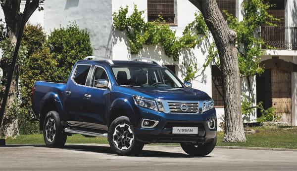 Nissan представил обновлённую версию пикапа Navara