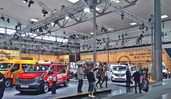 Opel на выставке IAA 2016 в Ганновере