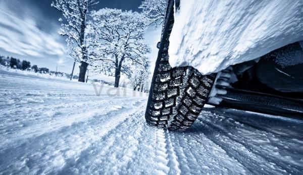 За использование шин не по сезону водителей будут штрафовать на 2 тысячи рублей