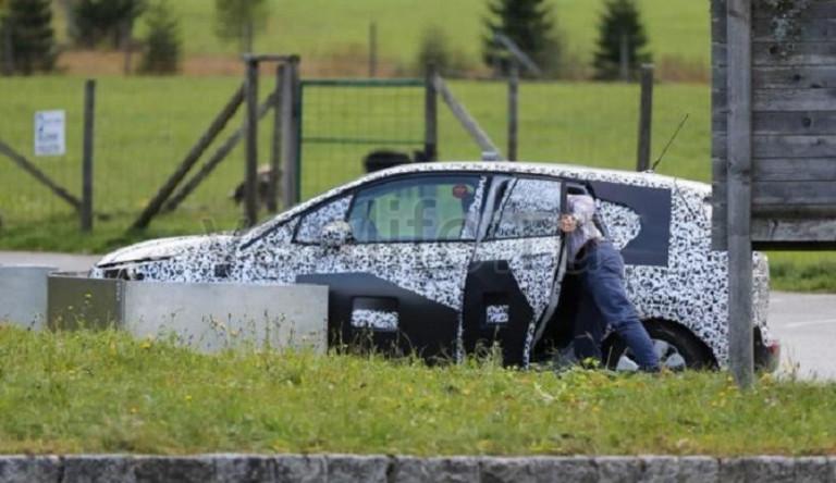 У обновлённого «Opel Meriva» больше не будет системы FlexDoor